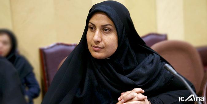 Abgeordnete kritisiert Frauenbild des Parlaments