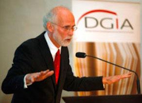 Prof. Raoul Motika