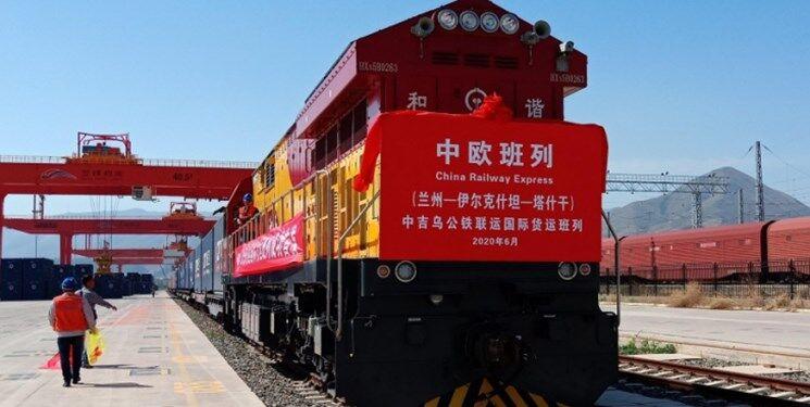 Ein Vorzeigeprojekt: Eine neue Eisenbahnlinie soll die Stadt Bayan Nur im Norden Chinas mit Teheran verbinden