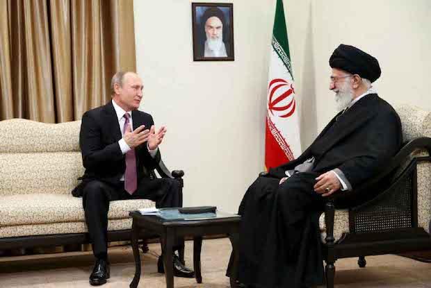 Khameneis Blick nach Osten