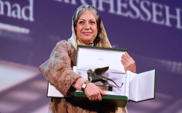 """Rakhshan Banietemad erhielt 2014 bei dem Internationale Filmfestspiele von Venedig den Silbernen Löwen für das Drehbuch des Filmes """"Die Geschichten"""""""