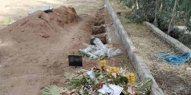 Massenhinrichtungen 1988, Khavaran Friedhof, Bahai im Iran, Druck auf Bahai