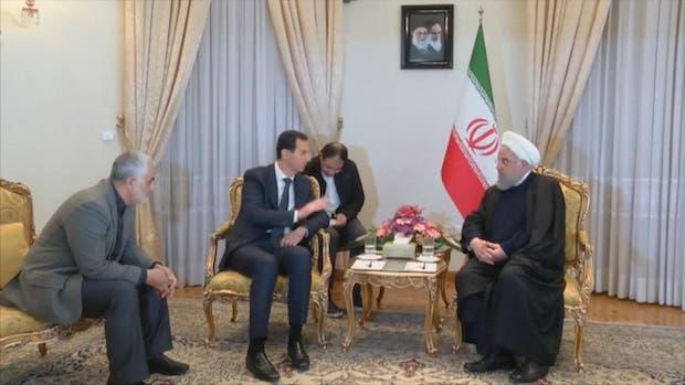 Als Syriens Präsident Bashar Assad den Iran besuchte, traf er Präsident Hassan Rouhani im Beisein des Generals Qassem Soleymani, Außenminister Zarif war nicht dabei!